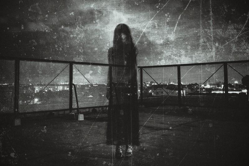 高畑住宅の心霊写真女